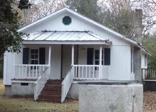Short Sale in Autryville 28318 MINNIE HALL RD - Property ID: 6333491315