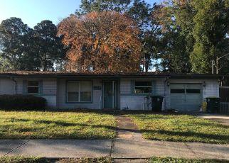 Short Sale in Jacksonville 32216 ALTAMA RD - Property ID: 6333527224