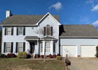 Short Sale in Fayetteville 28306 JACOBS CREEK CIR - Property ID: 6333572791