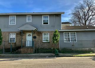 Short Sale in Charleston 29403 REID ST - Property ID: 6333575856