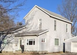 Short Sale in Knightstown 46148 S ADAMS ST - Property ID: 6333589423