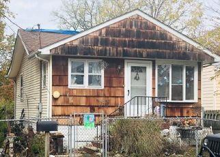 Short Sale in Spotswood 08884 WALKER AVE - Property ID: 6333602566