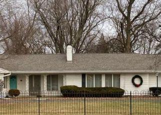 Short Sale in Peoria 61614 N MOUNT HAWLEY RD - Property ID: 6333644163