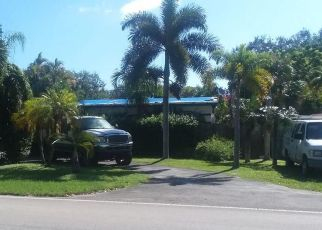 Short Sale in Miami 33156 SW 82ND AVE - Property ID: 6333661244