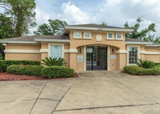 Short Sale in Jacksonville 32218 BISCAYNE BAY CIR - Property ID: 6333662119