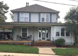 Short Sale in Jellico 37762 LOGAN ST - Property ID: 6333721700