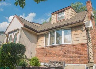 Short Sale in Valley Stream 11580 ARCADIAN AVE - Property ID: 6333743147