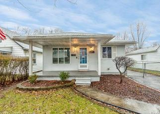 Short Sale in Dearborn Heights 48125 WEDDELL ST - Property ID: 6333752346