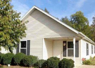 Short Sale in Peoria 61605 S LARAMIE ST - Property ID: 6333760677
