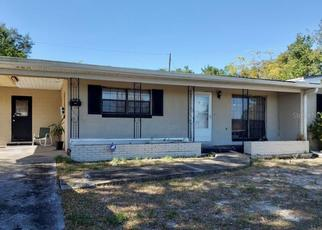 Short Sale in Orlando 32808 WOLF RD - Property ID: 6333779958