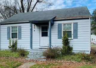 Short Sale in Richmond 23234 STANLEY DR - Property ID: 6333810154