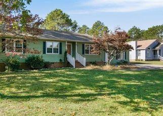 Short Sale in Fayetteville 28306 CLEMSON DR - Property ID: 6333852205