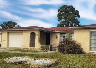 Short Sale in Holiday 34691 SALISBURY DR - Property ID: 6333983606