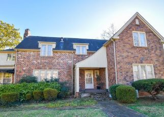 Short Sale in Knoxville 37917 N HILLS BLVD - Property ID: 6334042284