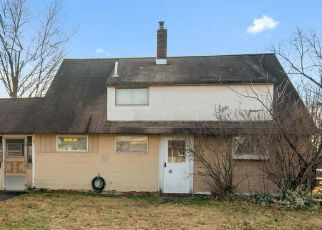 Short Sale in Levittown 19057 IROQUOIS RD - Property ID: 6334051486