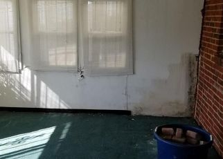 Short Sale in Baltimore 21206 DENWOOD AVE - Property ID: 6334170619