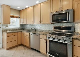 Short Sale in Philadelphia 19107 S QUINCE ST - Property ID: 6334243312