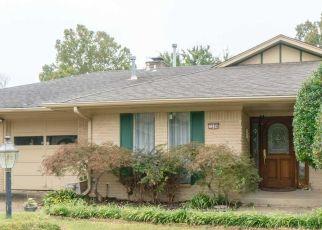 Short Sale in Tulsa 74145 E 55TH PL - Property ID: 6334245510