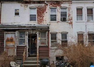 Short Sale in Bronx 10466 ROMBOUTS AVE - Property ID: 6334267401