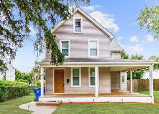 Short Sale in Leonardo 07737 BREVENT AVE - Property ID: 6334285365