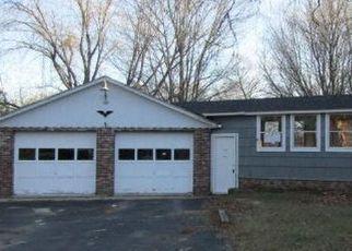 Short Sale in Harrison 04040 KINGSBURY CIR - Property ID: 6334295437
