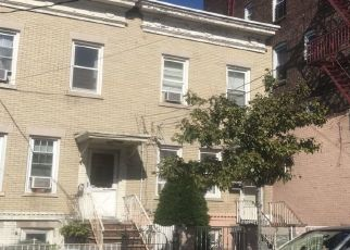 Short Sale in West New York 07093 PALISADE AVE - Property ID: 6334317333