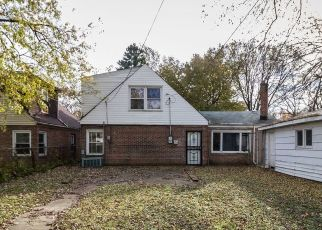 Short Sale in Chicago 60643 W 112TH ST - Property ID: 6334329154