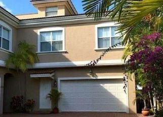 Short Sale in Fort Lauderdale 33316 SE 9TH ST - Property ID: 6334377786