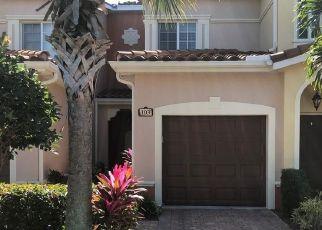 Short Sale in Estero 33928 ESTERO GARDENS CIR - Property ID: 6334378210