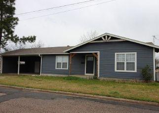 Short Sale in Whitesboro 76273 1ST ST - Property ID: 6334425518