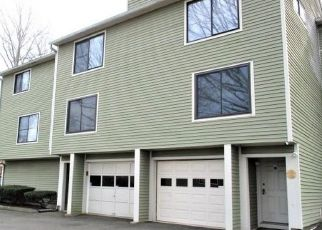 Short Sale in New Haven 06513 FOXON HILL RD - Property ID: 6334466693