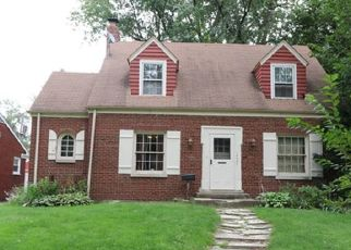 Short Sale in Riverdale 60827 S WABASH AVE - Property ID: 6334479382