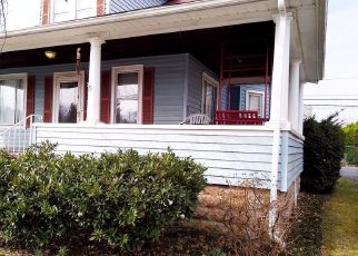 Short Sale in Halethorpe 21227 CARVILLE AVE - Property ID: 6334540260