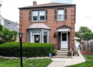 Short Sale in Elmwood Park 60707 N 79TH AVE - Property ID: 6334598965