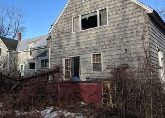 Short Sale in Standish 04084 NORTHEAST RD - Property ID: 6334930950