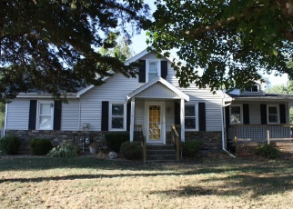 Short Sale in Des Moines 50317 NE 23RD AVE - Property ID: 6334960727