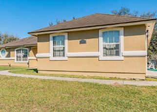 Short Sale in Jacksonville 32218 TAURINA RIDGE DR - Property ID: 6335170509