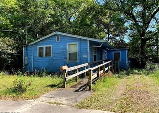 Short Sale in Jacksonville 32209 W 28TH ST - Property ID: 6335187146