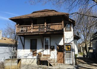 Short Sale in Milwaukee 53210 N 54TH ST - Property ID: 6335227448
