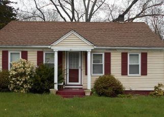 Short Sale in Lincoln 02865 OLD RIVER RD - Property ID: 6335262485