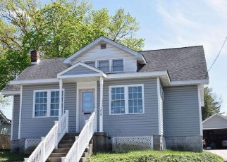 Short Sale in Woodbury 08096 LINCOLN AVE - Property ID: 6335269944