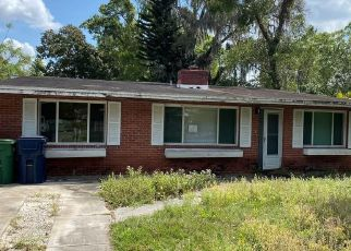 Short Sale in Tampa 33612 N 19TH ST - Property ID: 6335343512