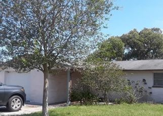 Short Sale in Holiday 34691 ALLANDALE DR - Property ID: 6335351386