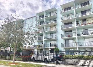 Short Sale in Miami 33161 NE 15TH AVE - Property ID: 6335423666