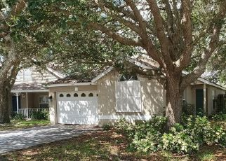 Short Sale in Valrico 33594 CAPE COD CIR - Property ID: 6335495489