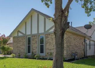 Short Sale in Carrollton 75006 CARMEL DR - Property ID: 6335577384