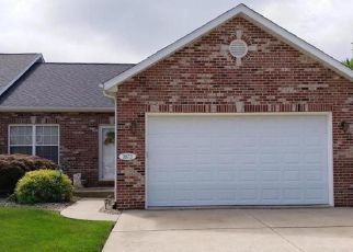 Short Sale in O Fallon 62269 LAKEPOINTE ESTATES DR - Property ID: 6335602802