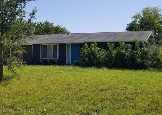 Short Sale in Port Charlotte 33952 SUNRISE TRL - Property ID: 6335614618