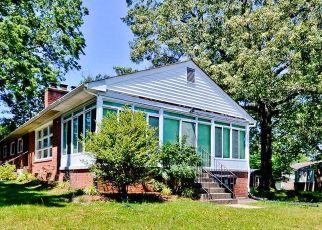 Short Sale in Clinton 20735 MEZMER LN - Property ID: 6335635643