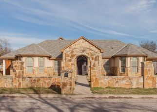 Short Sale in Cleburne 76031 BARBER AVE - Property ID: 6335645716